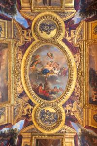 Skip the Line: Versailles Tour by Train Including Guided Visit of the Royal Quarters