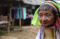 Thaton Long-necked Hilltribe including long-tailed boat trip from Chiang Mai