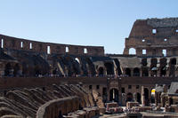 VIP Colosseum Express Tour: Forum-View Breakfast with Gladiators Entrance a