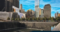 New York City Hop-On Hop-Off Cruise and Lower Manhattan Walking Tour with 9/11 Memorial