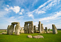 Stonehenge and Bath Day Trip from London with Optional Roman Baths Visit