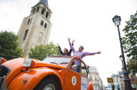 Private Tour: 2CV Secret Paris Tour
