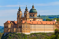 Wachau Valley Small-Group Tour and Wine Tasting from Vienna
