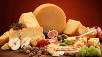 Traditional Cheese Tasting in Vilnius