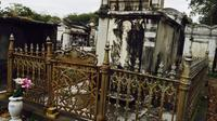 Private Voodoo Temples and Cemetery Experience of New Orleans