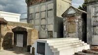 St. Louis Cemetery Number 1 Small-Group Walking Tour
