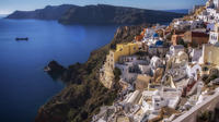 Private Guided Tour of Traditional Santorini