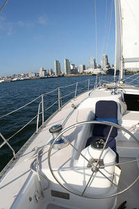 Small-Group San Diego Sailing Excursion
