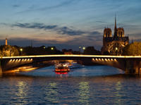 Seine River Cruise and Rooftop Dinner at Les Ombres Restaurant with Eiffel Tower Views
