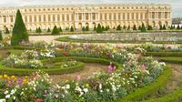 Small-Group Day Trip to Giverny and Versailles from Paris