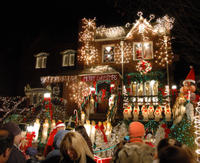 Brooklyn Christmas Lights Tour of Dyker Heights Picture