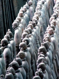 Terracotta Warriors and Xi'an Cuisine Small-Group Tour