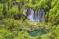 Small-Group Plitvice Lakes National Park Day Trip from Zagreb