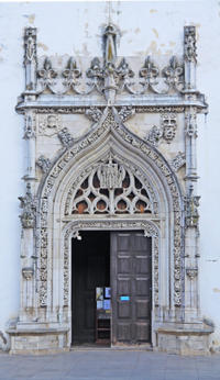 Small-Group Tour: Knights Templar Historical Tour from Lisbon