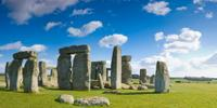 Small-Group Day Trip to Stonehenge, Glastonbury and Avebury from London