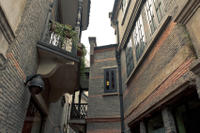Small-Group Colonial Walking Tour: Shanghai French Concession