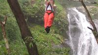 Zipline Tour from Puntarenas: 25 Cables Over 11 Waterfalls