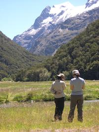 Small-Group Historical Walking Tour on the Lakeview Trail with Transport from Queenstown, Queenstown Natural Activities & Attractions