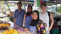 A Bite of Borneo Walking and Biking Small Group Food Tour of Kuching