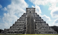 Early Access to Chichen Itza with a Private Archeologist