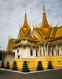 5-Night Cambodia Tour to Angkor Wat from Phnom Penh by Air