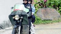 """Taipei Local Market Tour By Motorcycle"""""""