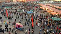 Experience Marrakech: Food and Market Tour of Djemaa El Fna Including Traditional Dinner
