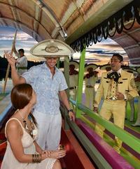 Xoximilco Cruise: Cultural Mexican Fiesta in Cancun