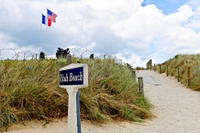 2-Day WWII Normandy Tour from Paris: D-Day Landing Beaches, Bayeux and Colleville-sur-Mer