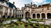 The Marais District Paris: Guided Private Walking Tour
