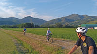 Tuscan countryside by bike and saffron tasting