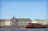 Garonne River Cruise Including Lunch from Bordeaux