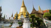 Private Shore Excursion: Full-Day Temples and Flower Market Tour from Laem Chabang Private Car Transfers