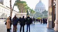 Skip the Line: Small-Group Vatican Museums Breakfast Tour including the Sis