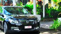 Private Transfer: Cairns Airport to Thala Beach Lodge