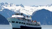 Kenai Fjords Wildlife Cruise with Optional Buffet Lunch