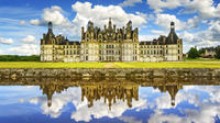 Small-Group Loire Valley Three Top Castles Day Trip with Wine Tasting