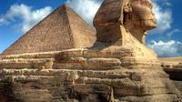 Full Day Tour to the Great Pyramids, Egyptian Museum and Khan El-Khalili Bazzar from Giza
