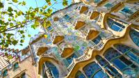 Gay-Friendly Modernism and Gaud Private Walking Tour in Barcelona