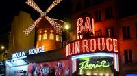 Private Transfer: Moulin Rouge Round-trip