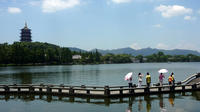 Private Day Tour: Hangzhou Meijiawu Tea Village Visit and West Lake on Cruise from Shanghai