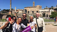 COLISEUM and ROMAN FORUM DELIGHT SMALL GROUP TOUR