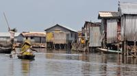 Cotonou Shore Excursion: Ganvie village on Stilts image 1
