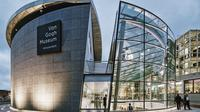 Van Gogh Museum in Amsterdam: Small Group Tour and Skip the Line Ticket