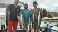 Local Fishing Tour in Isla Mujeres from Cancun
