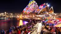 VIVID Sydney Cruise, Sydney City Boat Cruises, Harbour Cruises & Sailing