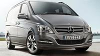 Private Arrival Transfer by Luxury Van from Dusseldorf Central Station