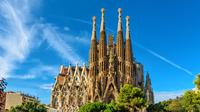 Barcelona Highlights Day Tour with Skip-The-Line Access to Park Gell and Sagrada Familia
