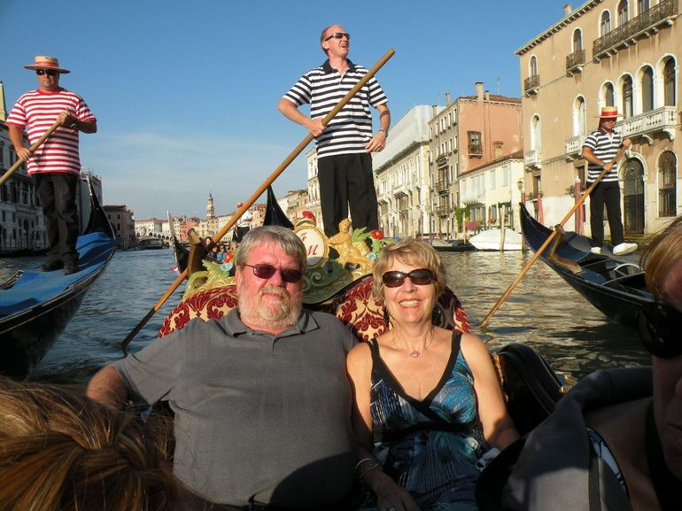 Love on the canal - Venice