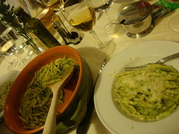 TROFIE WITH PESTO AND TABLEWINE. DELICIUS! YOU MUST EAT AND DRINK IT!! , RAFAELA F - May 2011